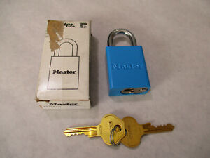 New Master Lock 6835BLU Blue Lockout Padlock With Keys