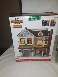 Coventry Cove by Lemax Crescent Dance Hall Lighted Building NEW