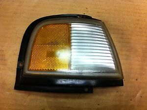 87-92 Oldsmobile Cutlass Front Side Marker Light  Passengers Side  RH