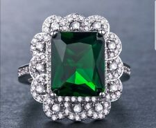 Beautiful vintage look Emerald and White Topaz Silver Plated Ring Size R 1/2.