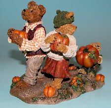 "Boyds Bears resin ""Jim, Jody, & Nicole"" # 228438 Nib, 2004, autumn pumpkins"