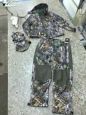 Scent-Lok Helix Jacket and Pants with Hat - RealTree Camo (Sz Large)