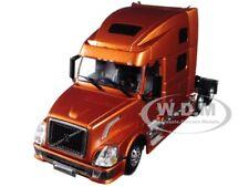 VOLVO VN780 6X4 3 AXLE SLEEPER CAB BRONZE 1/50 DIECAST BY WSI MODELS 33-2031