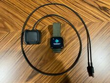 Fitbit Versa w/USB charger