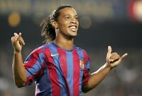 Ronaldinho Gaúcho - Barcelona Football Legend Wall Art Poster / Canvas Pictures