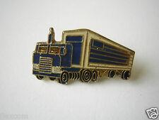 Alter Pin / Anstecker Truck LKW Emailliert Blau 2,5 x 1,3 cm Sammler