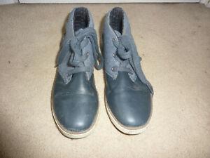 Boys Casual Boots - Size 2