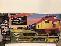 Vintage 1998 SHOPRITE EXPRESS ELECTRIC TRAIN SET-HO SCALE - BRAND NEW