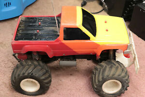 vintage rc car monster truck kyosho usa-1 ? truck rolling chassis body