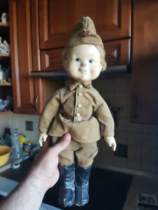 VERY RARE ! VTG Russian Soviet TOY DOLL OF SOLDIERS DEFENDER PAPIER-MACHE USSR