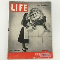 VTG Life Magazine April 28 1947 Alice in Wonderland, Three Modern Houses