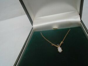 Ernest Jones 9ct gold wishbone necklace with stunning opal & sapphire WOW LOOK