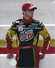 KASEY KAHNE MOUNTAIN DEW SIEMENS VALVOLINE DODGE NASCAR NEXTEL CUP 8 X 10 PHOTO