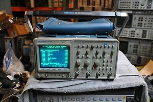 TEKTRONIX 2440 two-channel 300 MHz, 500 MS/s digital sampling Scope