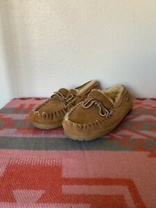 LL Bean Wicked Good Moccasins Slippers Brown Sheepskin Shearling Men's Size 9 M