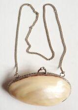 Petit sac porte-monnaie en nacre coquillage ancien vers 1930