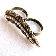 Adjustable vintage gold pearl leaf double finger ring