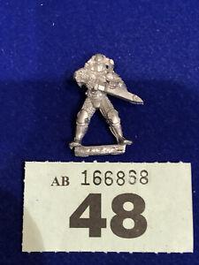 WFB-Harlequin Miniature-Barbarian