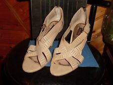"""CHAUSSURES ouvertes à Talons ( 9cms ) """" MED MEDY """", origine Chine, T39, CUIR"""