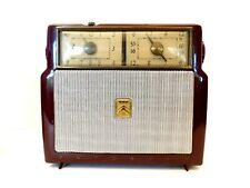 VINTAGE 50s HISTORICAL MAROON MOTOROLA ANTIQUE OLD SUBMINIATURE TUBE CLOCK RADIO
