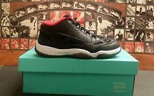Air Jordan Retro 11 Low IE BRED  Size 8
