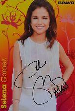 SELENA GOMEZ - Autogrammkarte - Signed Autograph Autogramm Sammlung Clippings
