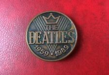 EXTREMELY RARE & ORIGINAL  PIN BUTTON BADGE THE BEATLES 1959-1989. Metal.