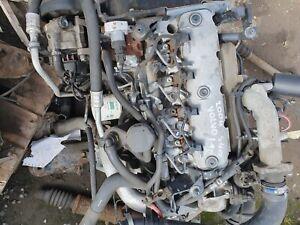 Volvo S40 04 1.9 - Engine