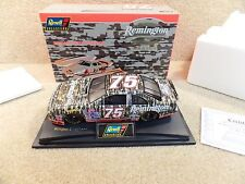 New 1996 Revell 1:24 Diecast NASCAR Morgan Shepherd Remington Camo Thunderbird