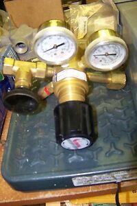 concoa 412-23-31-000 pressure control regulator