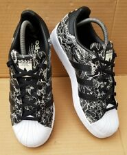 61fb2a653 ADIDAS SUPERSTAR TRAINERS BLACK   WHITE FLORAL PRINT DESIGN SIZE 5 UK VGC