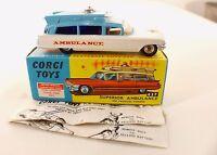 Corgi Toys n° 437 ambulance Superior on Cadillac chassis en boite