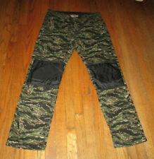 DGK Black & Green Camo Padded Outdoor Pants Sz 36 NWOT