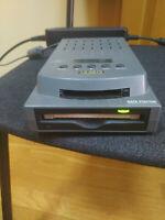 "FUJITSU MCR3230SS 2.3GB 3.5/"" SCSI MAGNETO OPTICAL DRIVE with 5.25/"" Adapter"