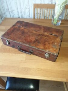 VINTAGE CARPENTERS WOODEN CHEST TOOLBOX CHENEY METAL HANDLE 'SHABBY CHIC'
