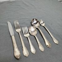 1847 Rogers Bros Remembrance IS Silver Plate Baby Child Silverware Set