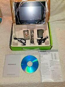 """INSIGNIA NS-DPF7 7"""" DIGITAL PICTURE FRAME W/REMOTE.IN BOX.COMPLETE.EX+++ COND"""