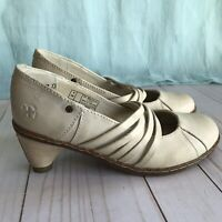 Vintage Dr. Martens Pumps Leather Court Heels US SELLER!! Rare - Wedding Shoes?