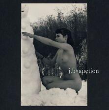 Nudism NUDE WOMAN IN THE SNOW / NACKT IM SCHNEE FKK * Vintage 1950s Photo