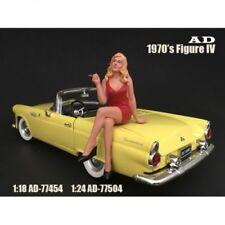 American Diorama 77504 - 70s Figur  IV - Frau in roter Kleidung - 1/1000 1:24