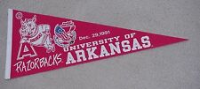 1991 ARKANSAS RAZORBACKS INDEPENDENCE BOWL GAME DAY PENNANT UNSOLD STOCK