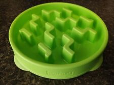 Outward Hound Slow Feeder Puzzle Small Dog & Cat Bowl Green Color (7 3/4 inch)