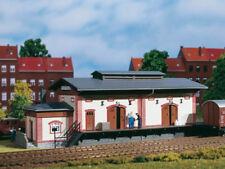 Auhagen 11399 Güterschuppen mit Rampe Schuppen zum Bahnhof Bausatz H0 Neu