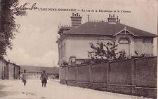 MEUSE - L'ARGONNE - DOMBASLE - LA RUE DE LA REPUBLIQUE ET LE CHATEAU.