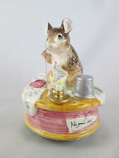 Beatrix Potter Music Box Brahms Lullaby Sewing Mouse Tailor Gloucester Figurine