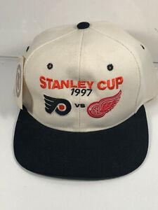 Vintage 1997 Stanley Cup Hockey Snapback Hat Cap Flyers Red VS. Wings NHL w/Tags
