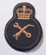Canadian Armed Forces trade material technician qualification badge Level 3