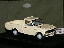 DATSUN TRUCK 1300 PICK-UP IVOIRE 1966 - EBBRO 1/43 Ref 44690