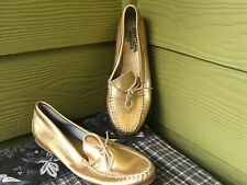 10 M Minnetonka Rare Gold Leather Soft Sole Moccasin Women's Slippers