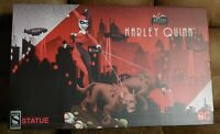 Sideshow Animated Series Harley Quinn EXCLUSIVE- Swap-out Right Hand w/pop gun!